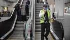 Reducción de pasajeros también impacta a trabajadores de aeropuertos