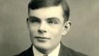 """Retro: un día como hoy Alan Turing publicaba """"Sobre los números computables"""""""