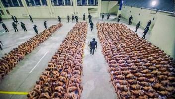 Las severas medidas dentro de las cárceles en El Salvador