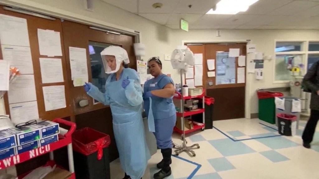 La carga emocional para los doctores en la pandemia