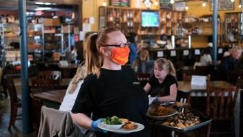 Así de fácil puedes contraer covid-19 en restaurantes