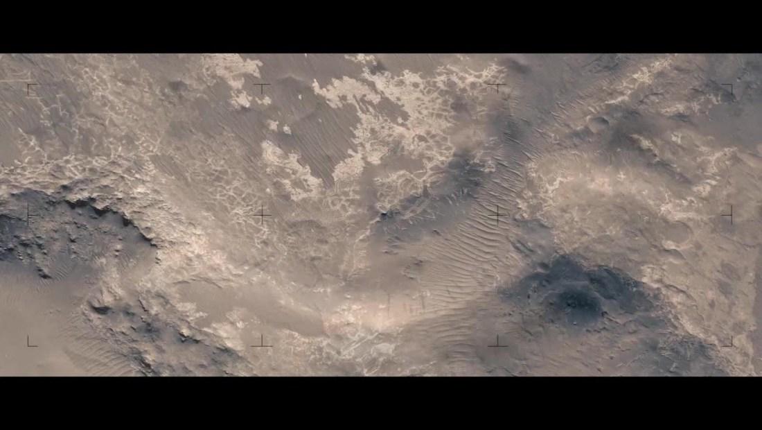 Hallan cuerpos de agua antiguos en nuevas imágenes del planeta Marte