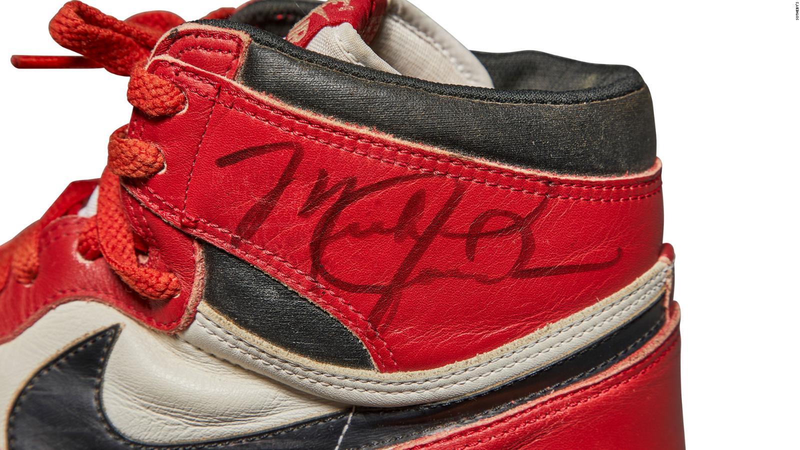 Itaca Atlas asesinato  Se cerró la subasta de estos Air Jordan usados por Michael Jordan | Video |  CNN