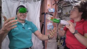¿Qué pasa cuando mezclas a Nickelodeon con astronautas?