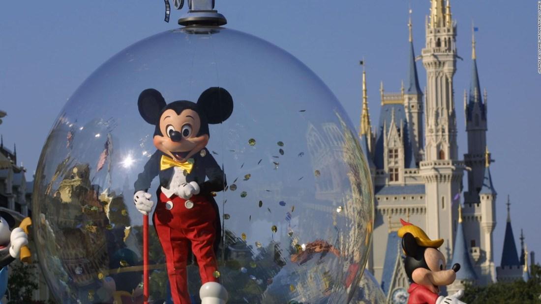 Disney acepta reservaciones para parques en Orlando