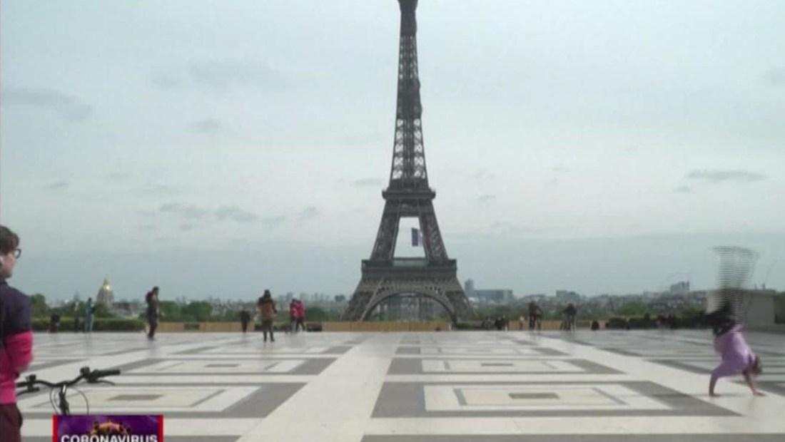 París: atleta exhibe sus destrezas en el parkour, en tiempos de pandemia