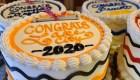 730 pasteles de graduación salvan una pastelería