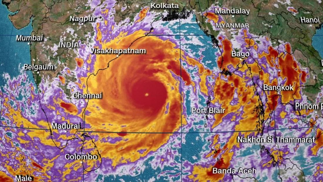 Un súper ciclón se aproxima a la India y Bangladesh