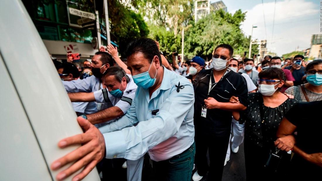 959 mexicanos en EE.UU. han muerto por coronavirus