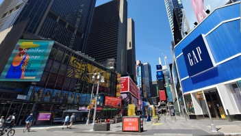 Times Square apaga sus luces como protesta