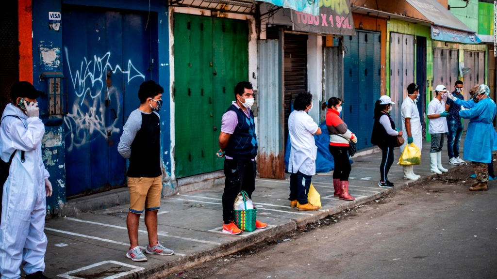 Apertura controlada en el epicentro de covid-19 de Perú