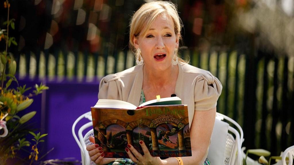 """El nuevo libro de J.K. Rowling, escritora de """"Harry Potter"""""""