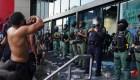 Manifestantes violentos atacan sede de CNN en Atlanta