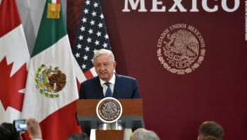 El presidente de México ordena que los militares vuelvan a las calles para combatir la creciente violencia