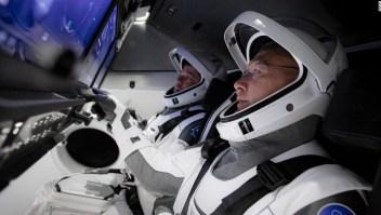 Todo lo que necesitas saber sobre el histórico lanzamiento de astronautas de SpaceX