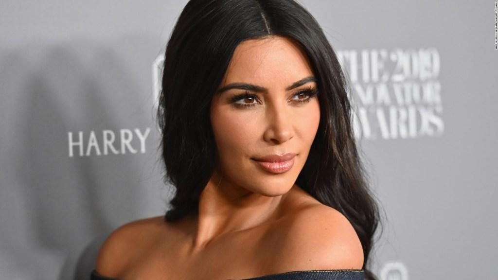 Línea de cosméticos de Kim Kardashian vale US$ 1.000 millones