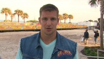 Gronk, al rescate de una secundaria en Tampa