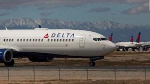 Delta negocia con prestamistas por la deuda