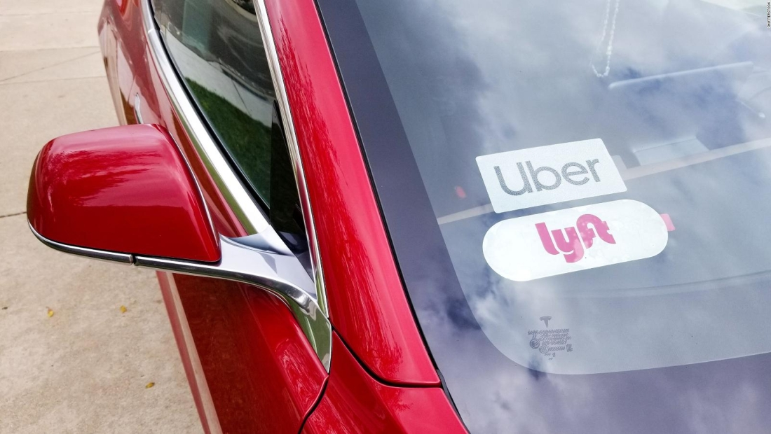 Uber y Lyft enfrentan ley en California