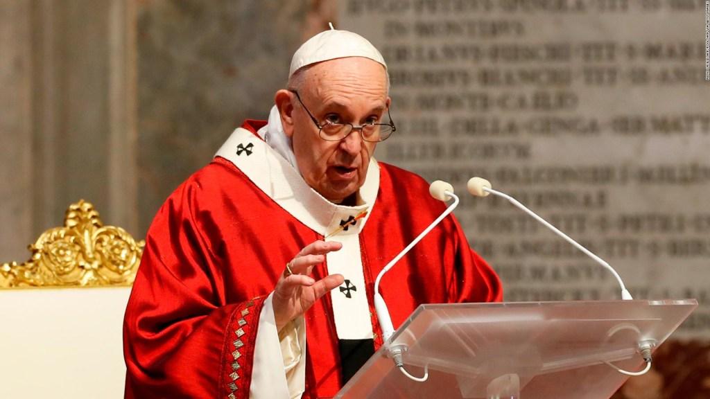 5 cosas: Las nuevas normas del papa en el Vaticano y más