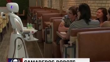 Robots camareros en tiempos de covid-19