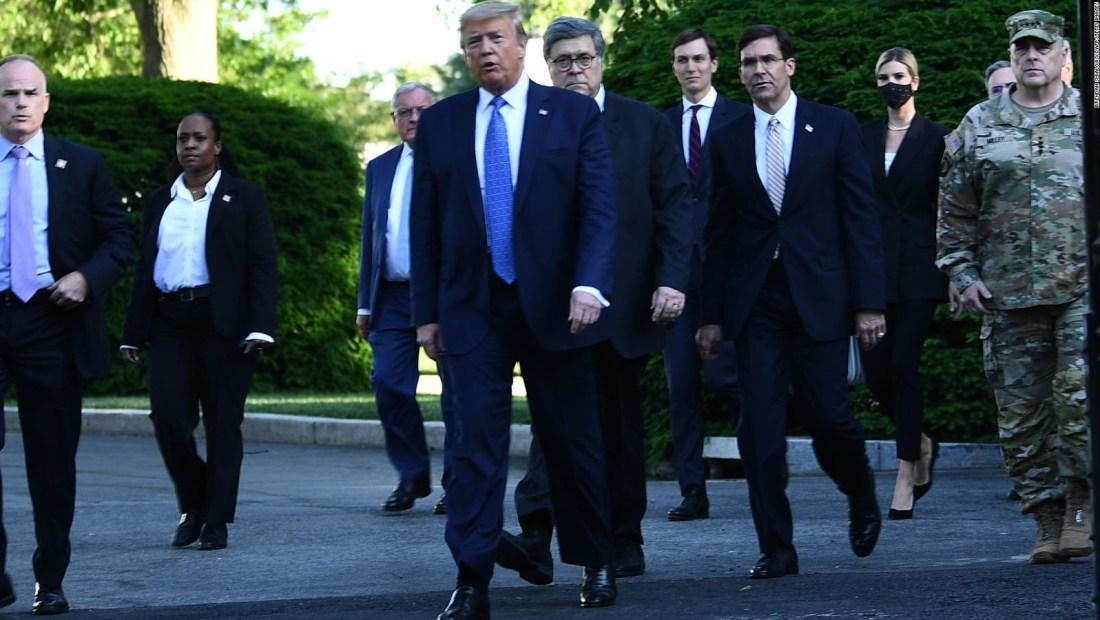 Comparan a Donald Trump con Winston Churchill