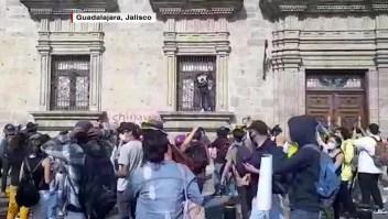 Jalisco: investigan muerte de hombre bajo custodia policial