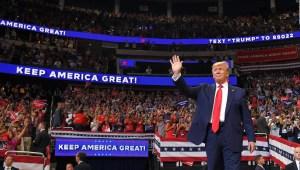 Donald Trump se derrumba en las encuestas