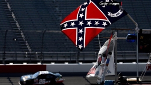 Nascar: El piloto que pide quitar banderas confederadas