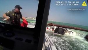 Rescatan un bote con nueve personas en Florida