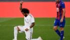 Marcelo celebra su gol con un puño en alto