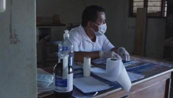 Lo peor de la pandemia llega a esta remota aldea de la Amazonía