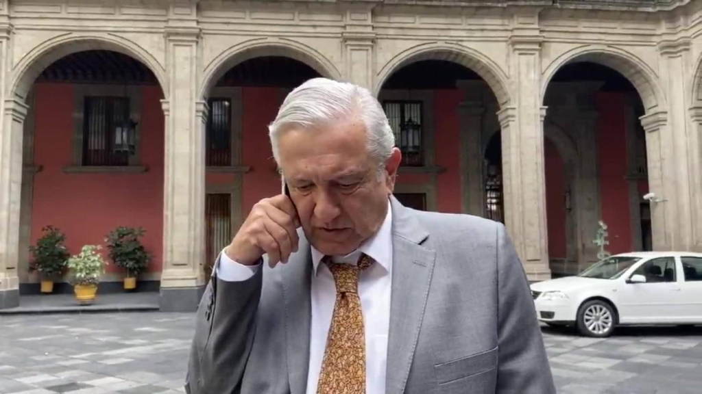 AMLO on earthquake: Let's report and stay calm