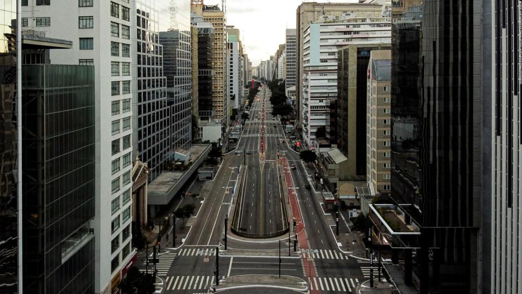 Reapertura de escuelas causa controversia en Sao Paulo