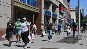 EE.UU.: Gasto se recupera pero caen pagos