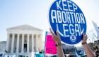 Corte Suprema de EE.UU. rechaza ley que restringe el aborto