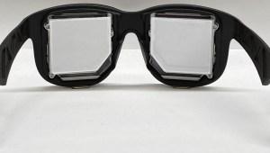 Facebook rediseña sus lentes de realidad virtual