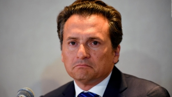 Un exdirector de Pemex acepta ser extraditado a México
