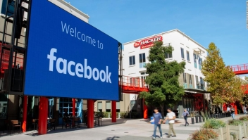 Facebook - etiquetas - medios controlados por el Estado