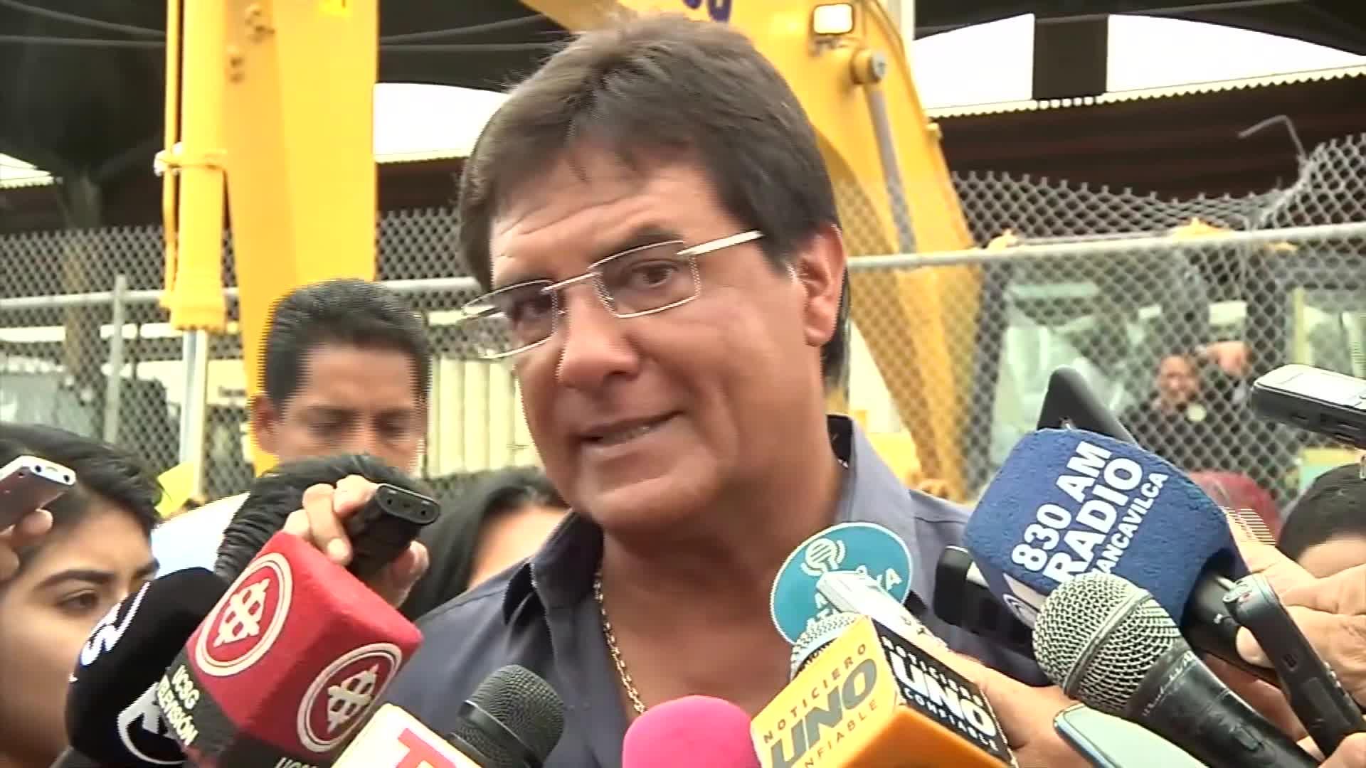 Carlos Luis Morales - Ecuador
