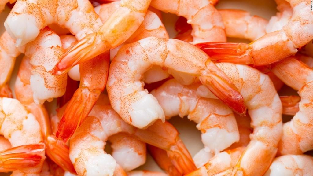 Ecuador responde al veto chino a importar sus camarones