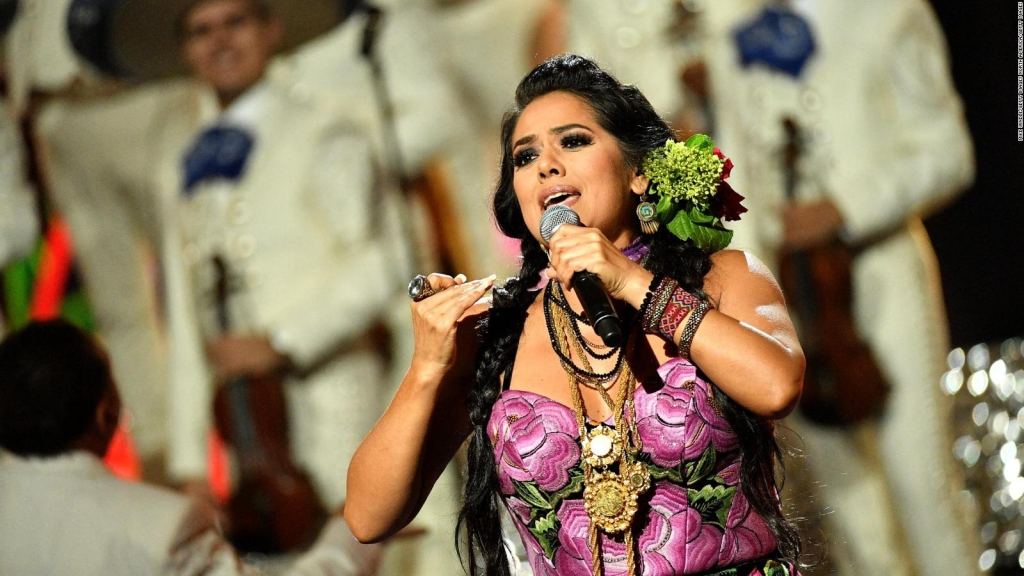 "Lila Downs estrena documental ""Al son del chile frito"""