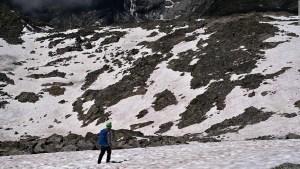 Nieve rosada en los Alpes italianos