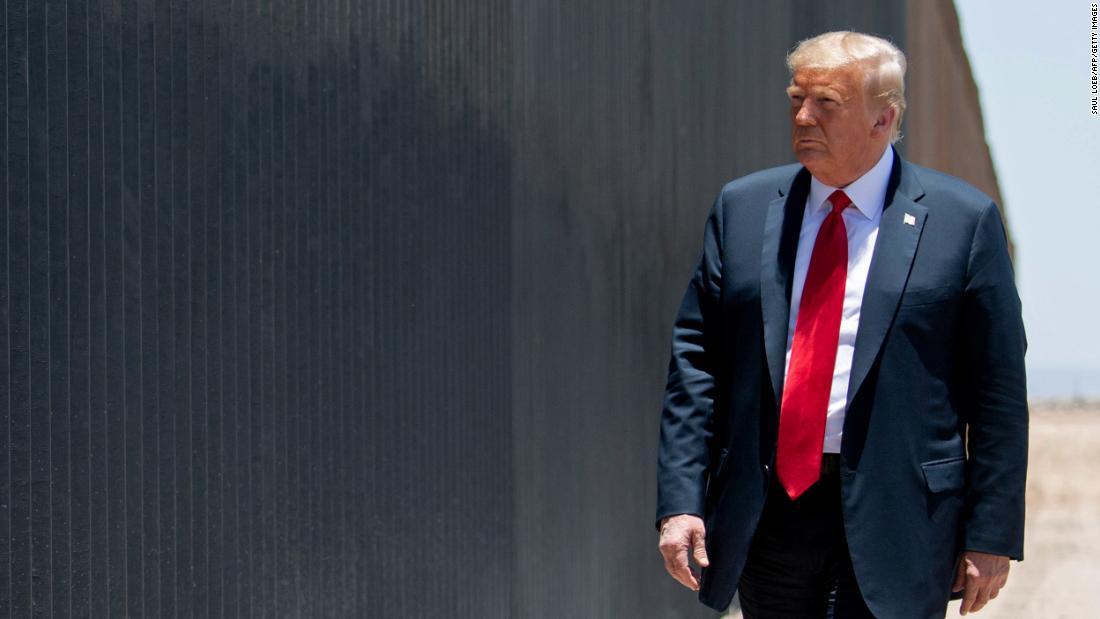 Trump está bloqueando la mayoría de caminos legales para inmigrar a Estados Unidos