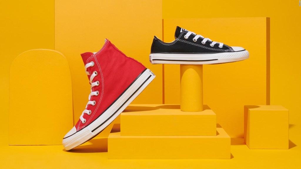 Zappos vende calzados individuales y de distinta talla