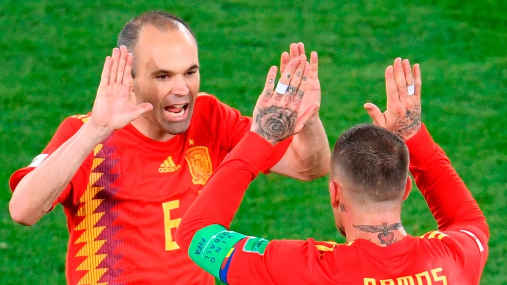 A 10 años de la hazaña, Iniesta y Ramos recuerdan el título en Sudáfrica 2010