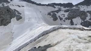 Italia: cubren un glaciar para evitar que se derrita