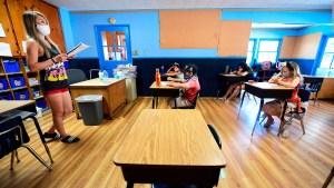 Estados Unidos: medidas para poder reabrir las escuelas