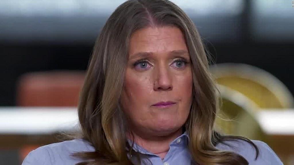 Sobrina de Trump pide la renuncia del presidente