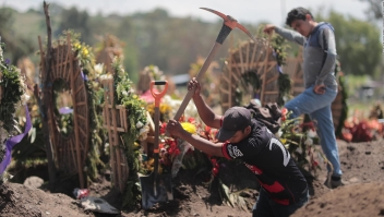 México se debilita por la batalla con el covid-19